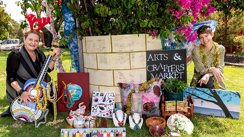 Christmas  Arts & Crafters Markets