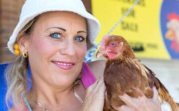 It's... Chicken Lady!