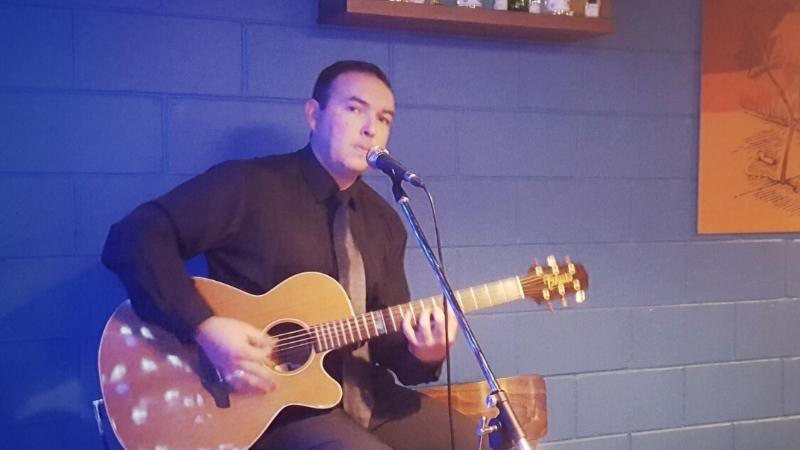 Live Music - Steve McLoughlin